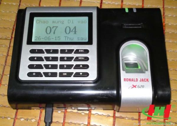 Máy chấm công vân tay Ronald Jack X628 cũ